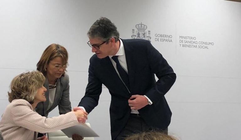 Firma del convenio AESAN