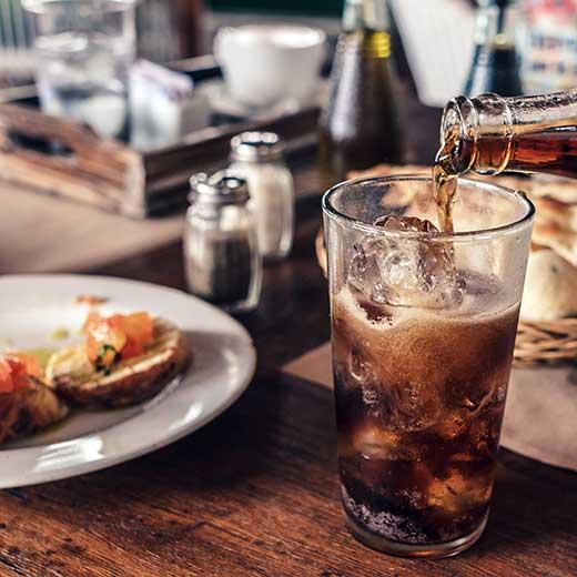gastronomía y bebidas refrescantes